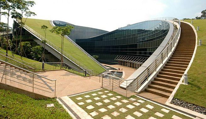 sustainable architecture essay Pelli clarke pelli architects the architect's role in urban regeneration, economic development, and sustainability sustainable architecture and.